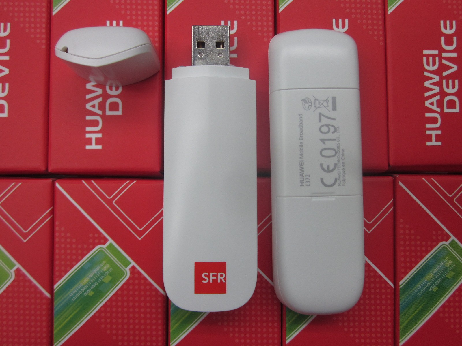 SFR Huawei E372 DC-HSPA+ USB Dongle Modem